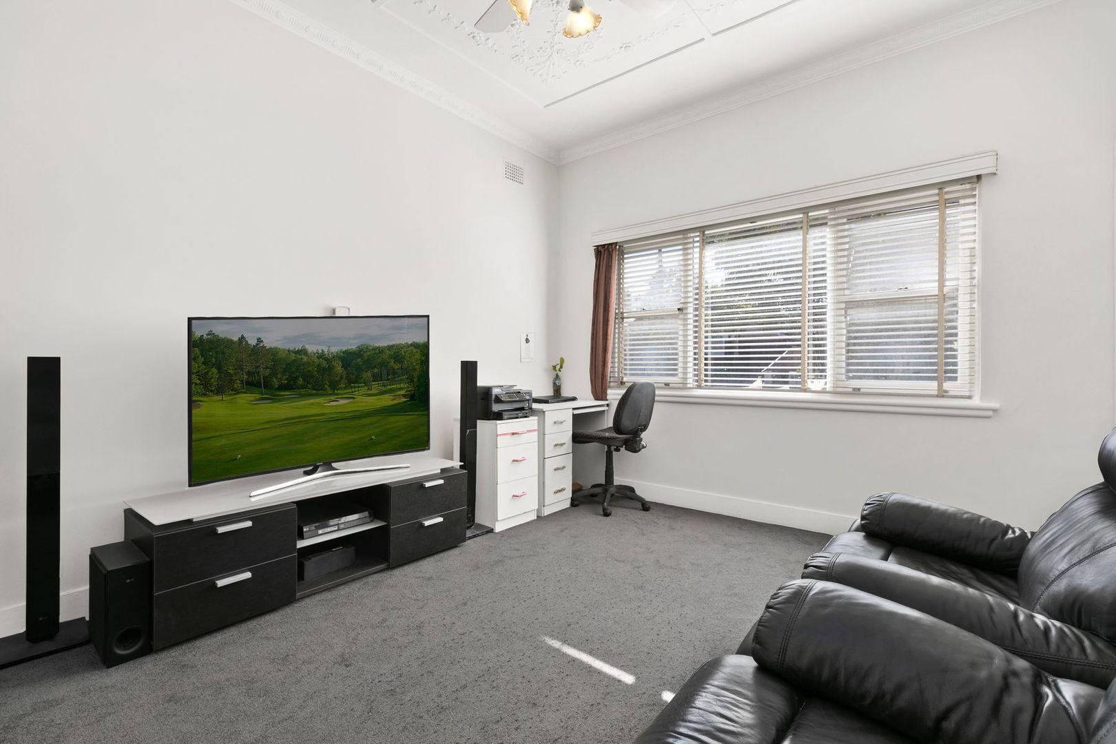 167 Woniora Road, South Hurstville NSW 2221, Image 2
