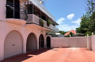 Picture of 2/39 Greenslade Street, West End QLD 4810