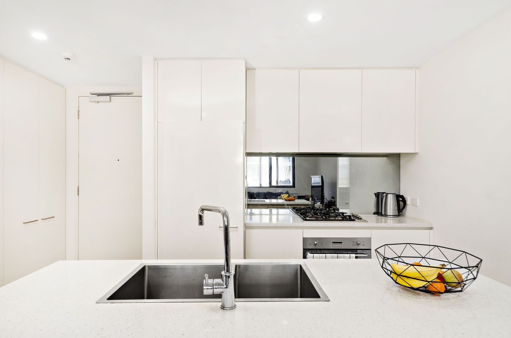 505/9 Waterview Drive, Lane Cove NSW 2066, Image 2