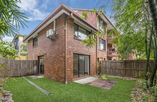 Picture of 2/16 Holland Street, Toowong QLD 4066