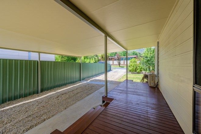 Picture of 115 Lakeside Avenue, MOUNT BEAUTY VIC 3699