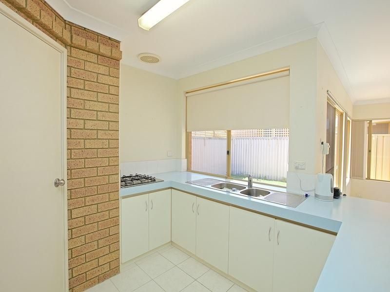25b Crowther Elbow, Ocean Reef WA 6027, Image 2