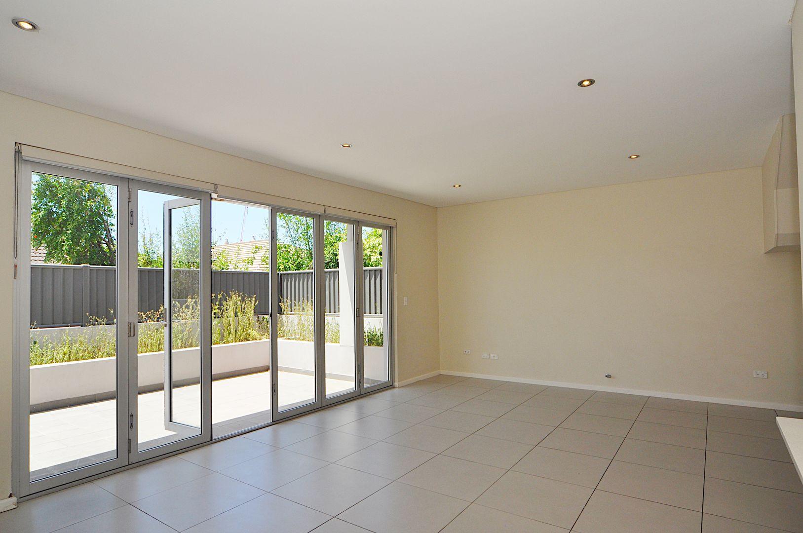 2/1 Moyes Street, Marrickville NSW 2204, Image 2