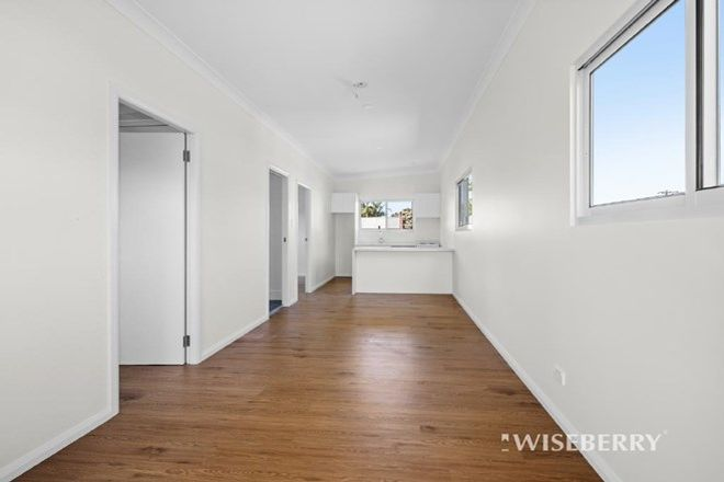 Picture of 13A MANUKA PARADE, GOROKAN NSW 2263