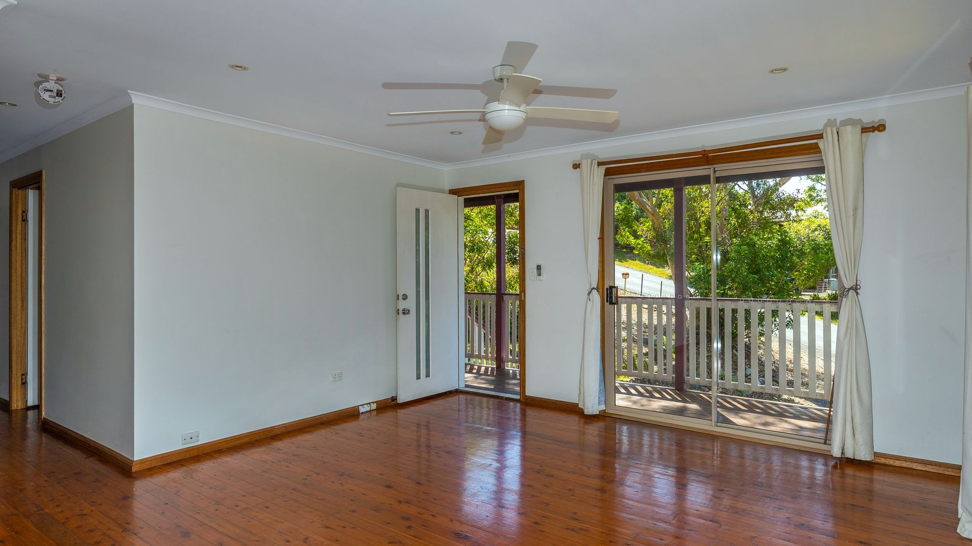 20 Demavend Drive, Tamborine Mountain QLD 4272, Image 2