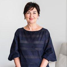 Karen Magnotta, Sales representative
