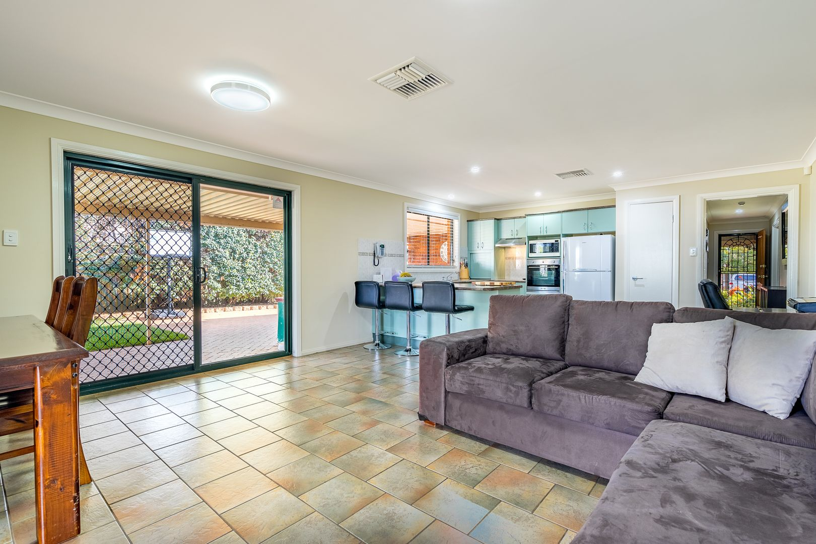 56 Twickenham Drive, Dubbo NSW 2830, Image 1