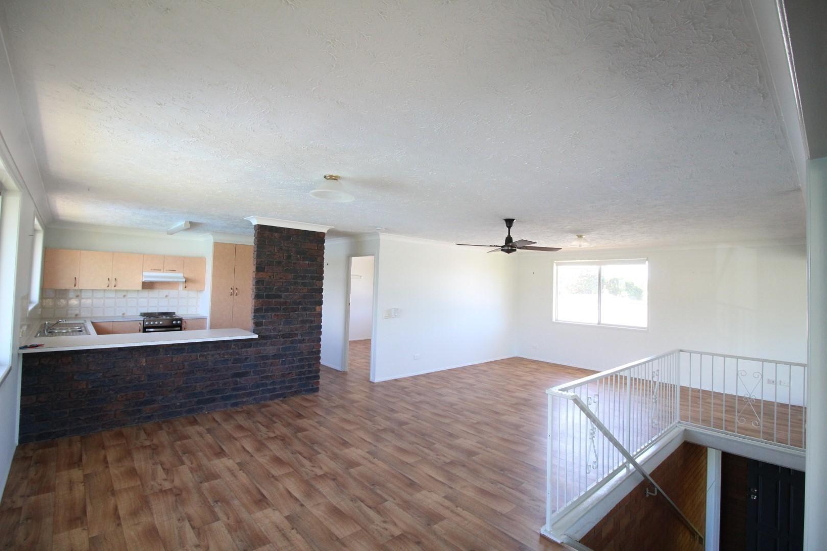 2/4 Coronation Avenue, Golden Beach QLD 4551, Image 2