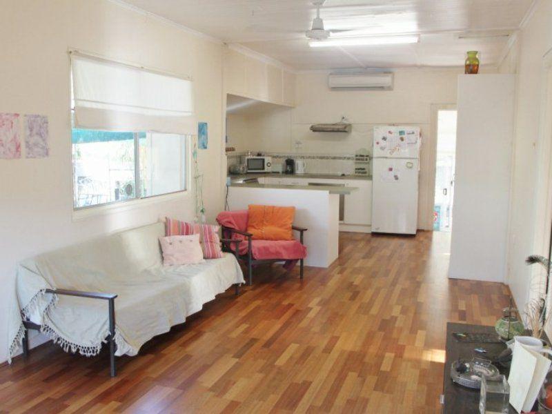 7 Leila Street, Mount Isa QLD 4825, Image 2
