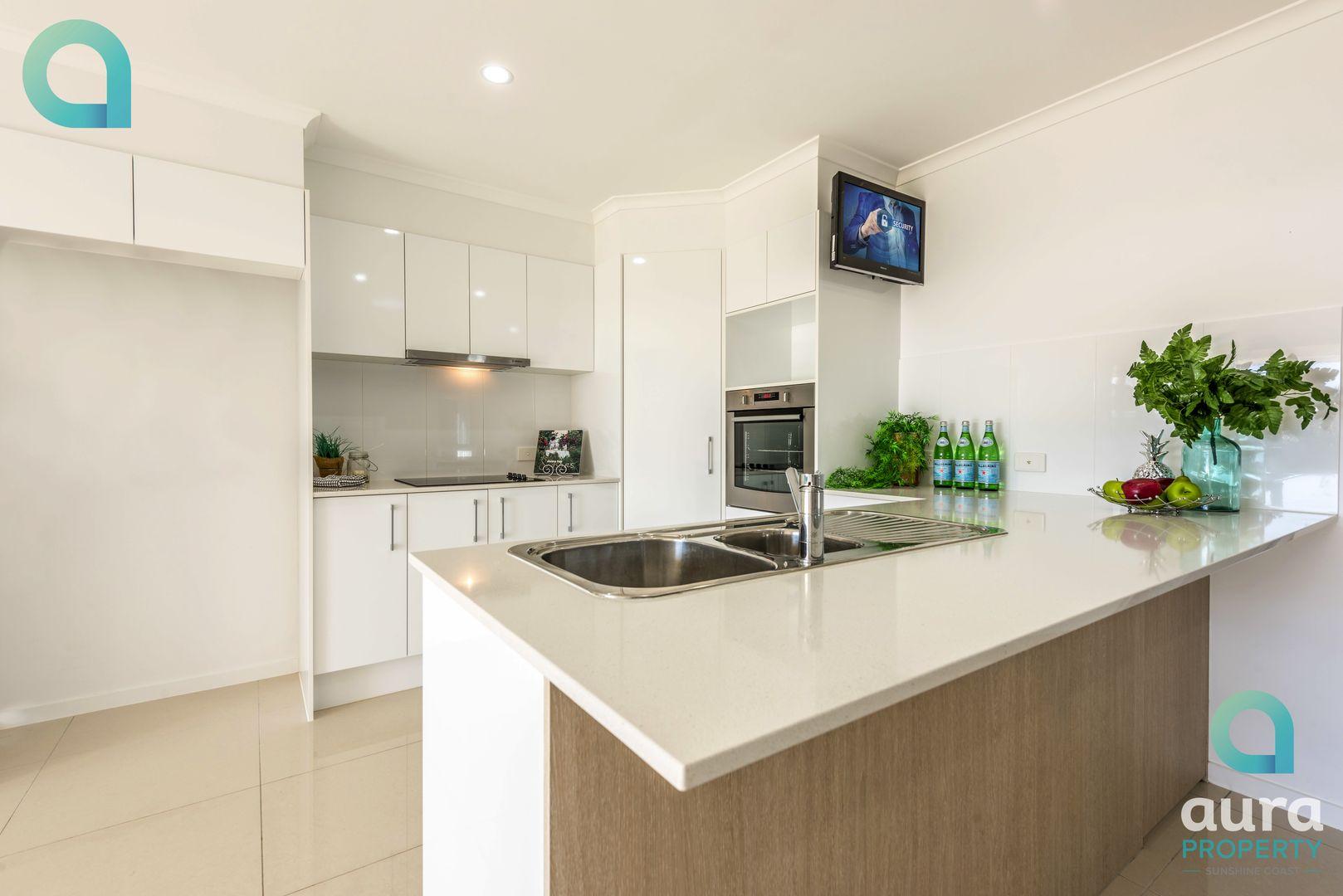 53 Sunshine Cres, Caloundra West QLD 4551, Image 2