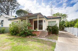Picture of 6 Lake Road, Fennell Bay NSW 2283