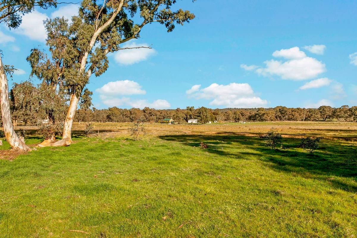 Lot 2 Kronks Lane/Emu Creek Road, Strathfieldsaye VIC 3551, Image 2