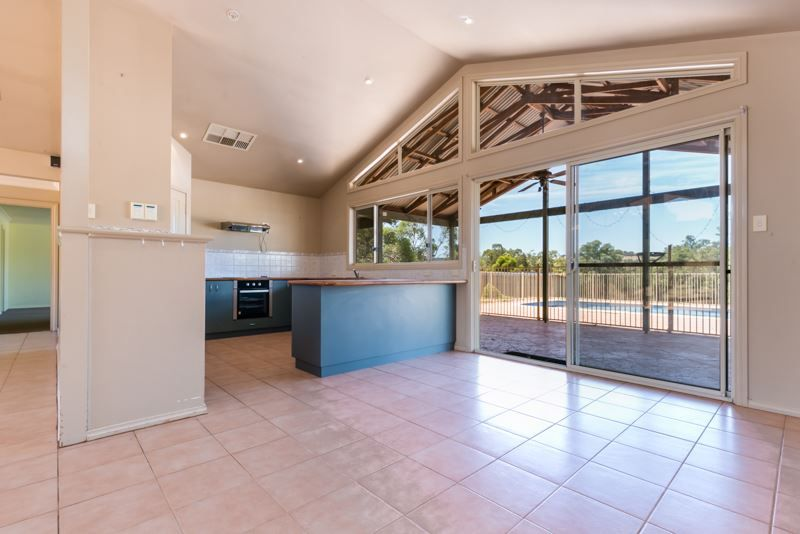 20 Lakeside Grove, Bindoon WA 6502, Image 2