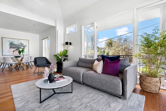 Picture of 1/10 Blessington Street, ST KILDA VIC 3182
