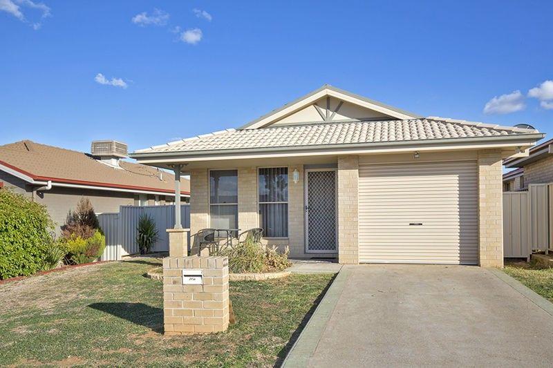 20a Banks Street, Tamworth NSW 2340, Image 1