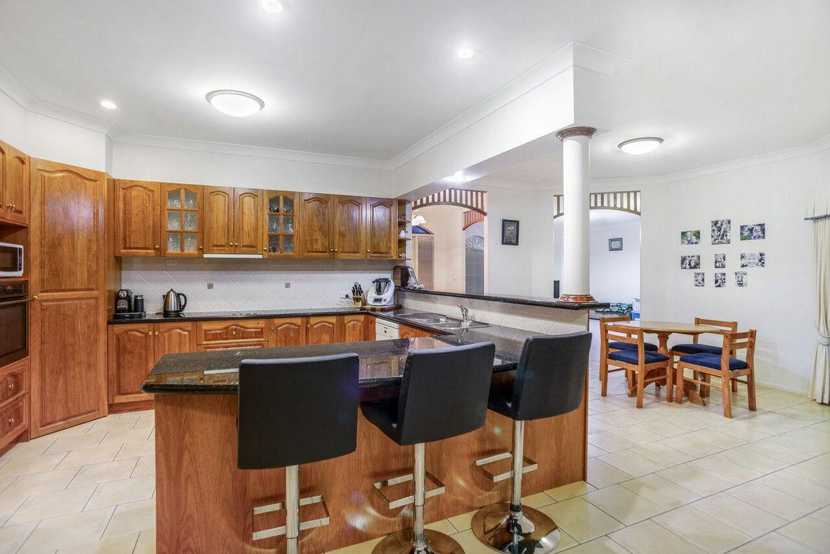 5 Glenmorgan Court, Glenvale QLD 4350, Image 2