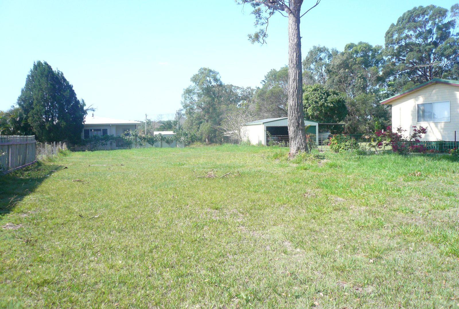 21 Hamilton Pde, Macleay Island QLD 4184, Image 1