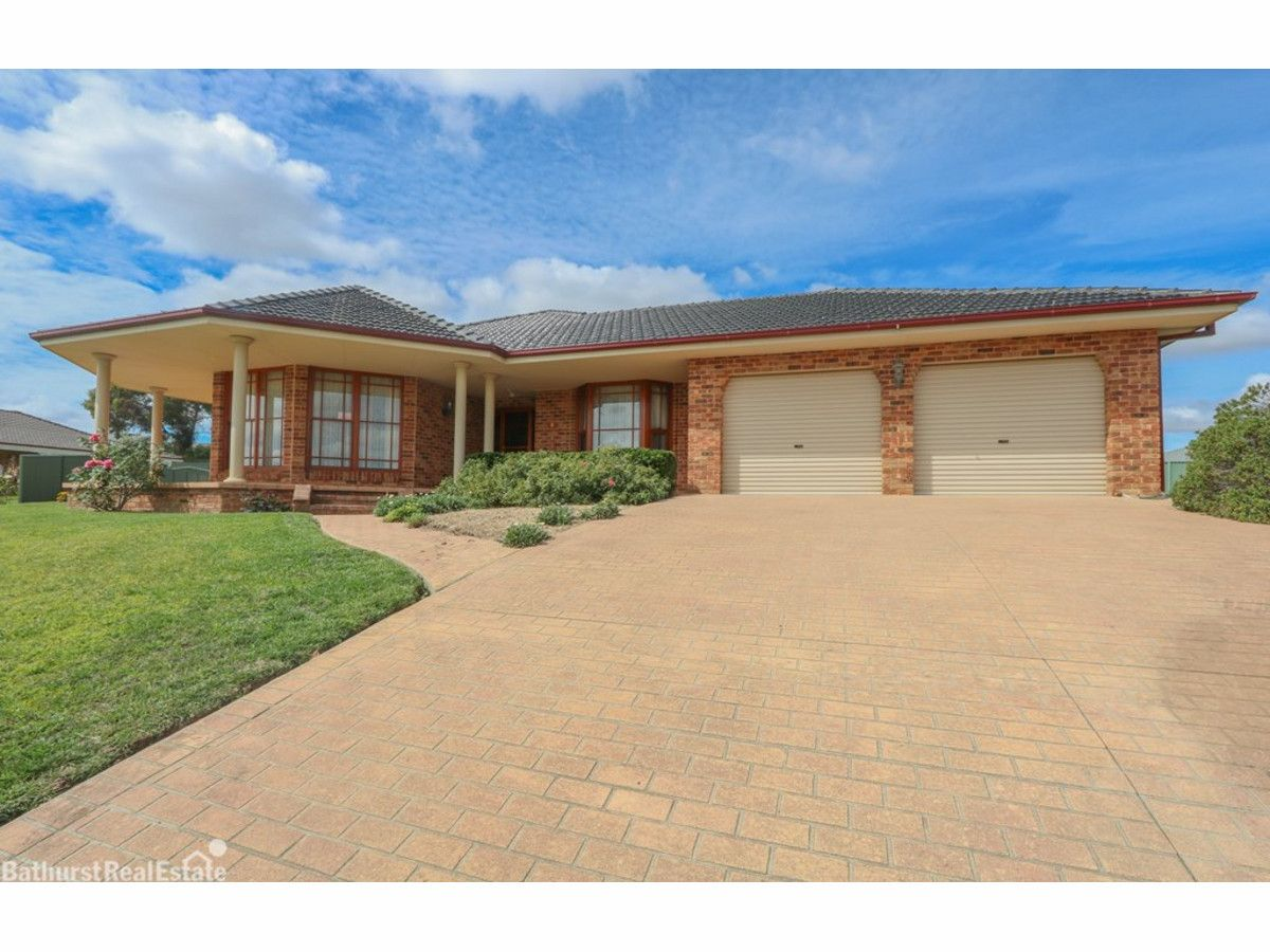 9 Magnolia Close, Kelso NSW 2795, Image 0