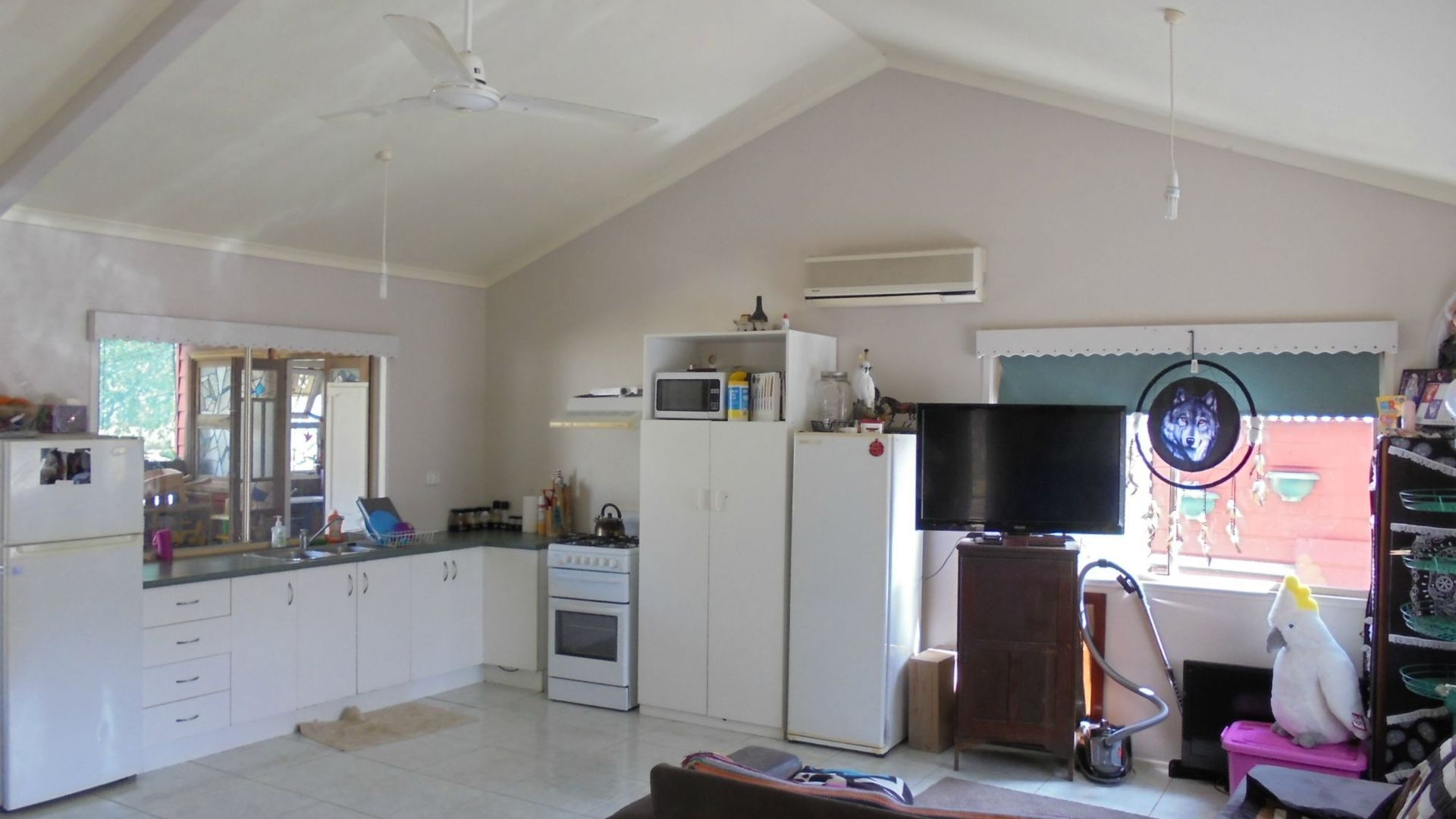 405 Pacific Haven Drive, Pacific Haven QLD 4659, Image 2