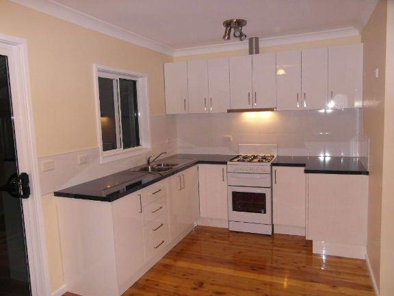 37 Thomas Street, Lake Illawarra NSW 2528, Image 2