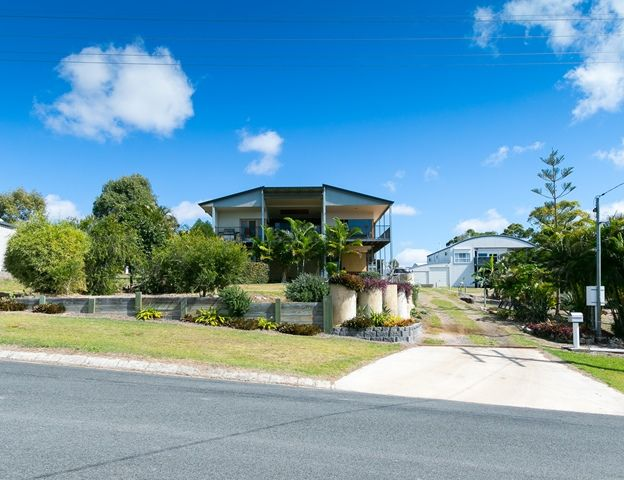 5 Blue Water Drive, Booral QLD 4655, Image 1