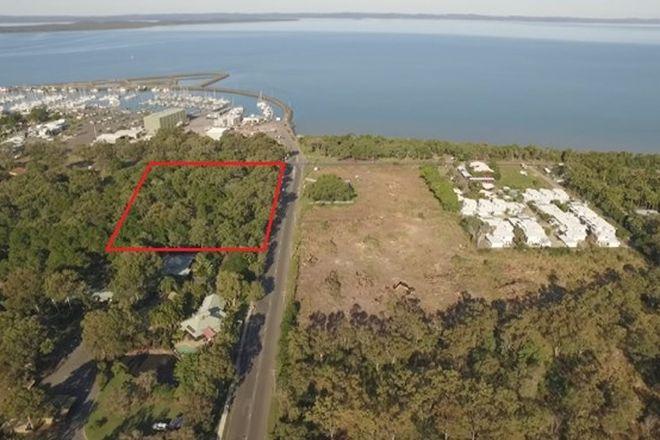 Picture of 640 Charlton Esplanade, URANGAN QLD 4655