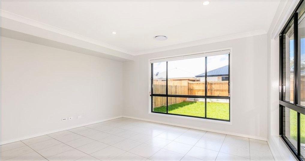 7 Fleming Street, Logan Reserve QLD 4133, Image 2