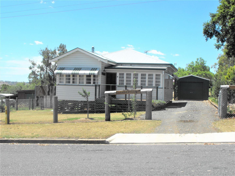 8 Hirst Street, Greenmount QLD 4359, Image 0