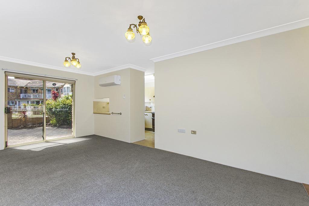 102/15 Lorraine Avenue, Berkeley Vale NSW 2261, Image 2