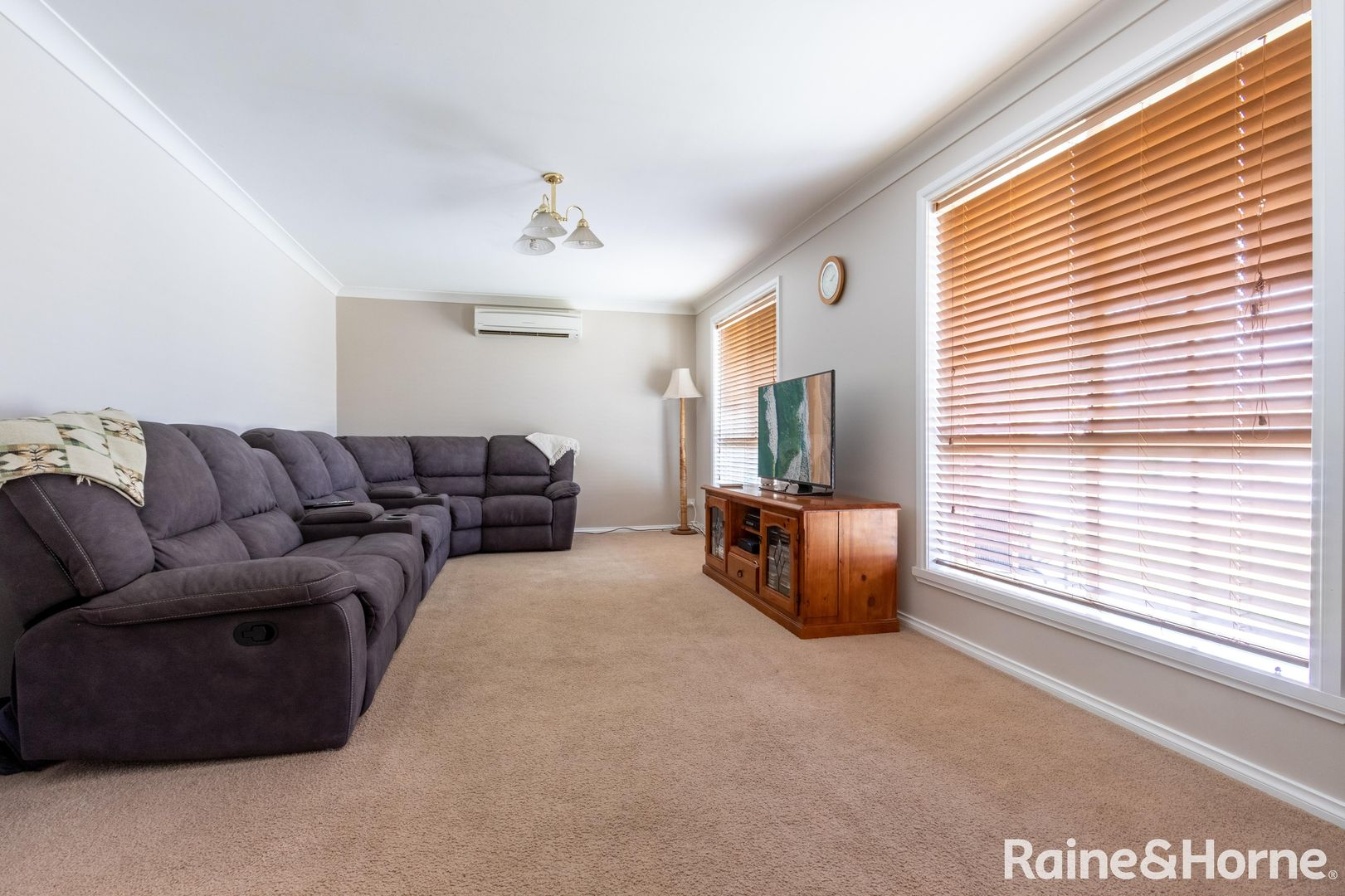 34 Halfpenny Drive, Kelso NSW 2795, Image 2