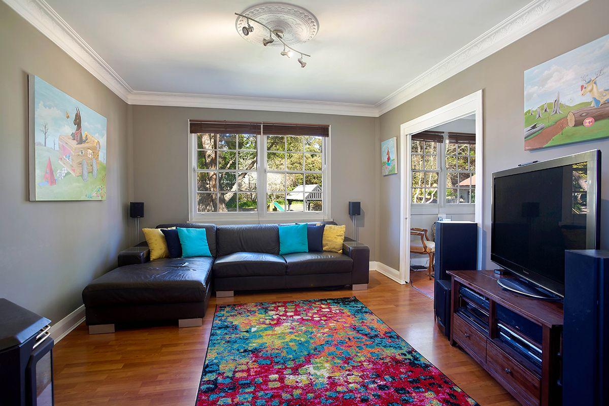 12 Scott  Avenue, Leura NSW 2780, Image 2
