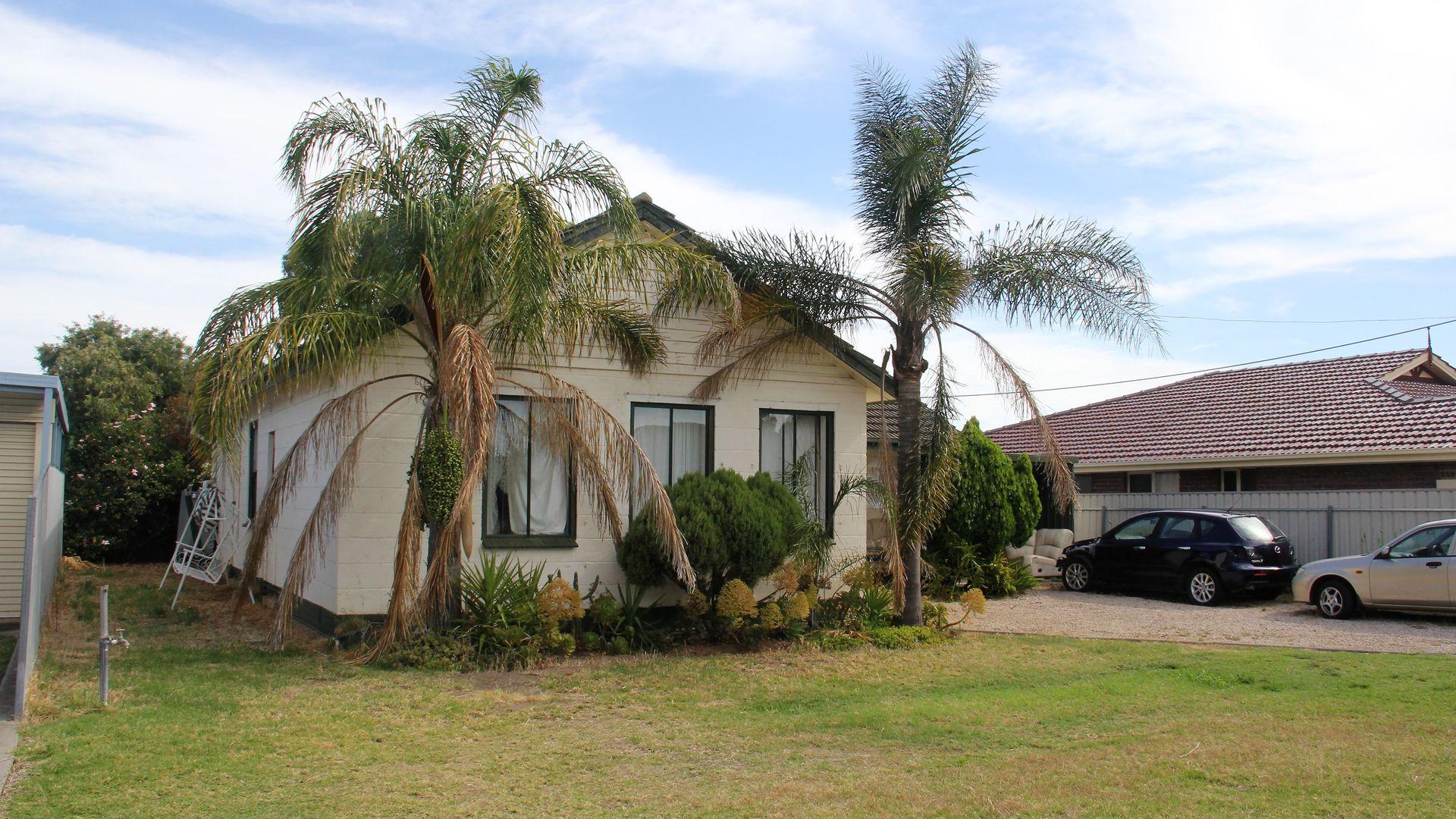 13 Cungena Avenue, Park Holme SA 5043, Image 2
