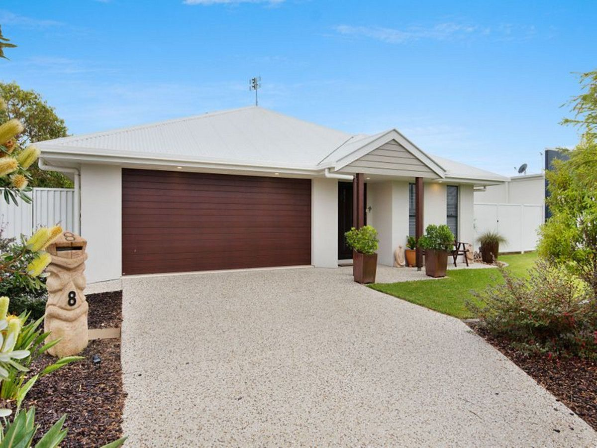 8 Blade Court, Birtinya QLD 4575, Image 2