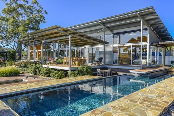 Picture of 390 North Redesdale Road, REDESDALE VIC 3444