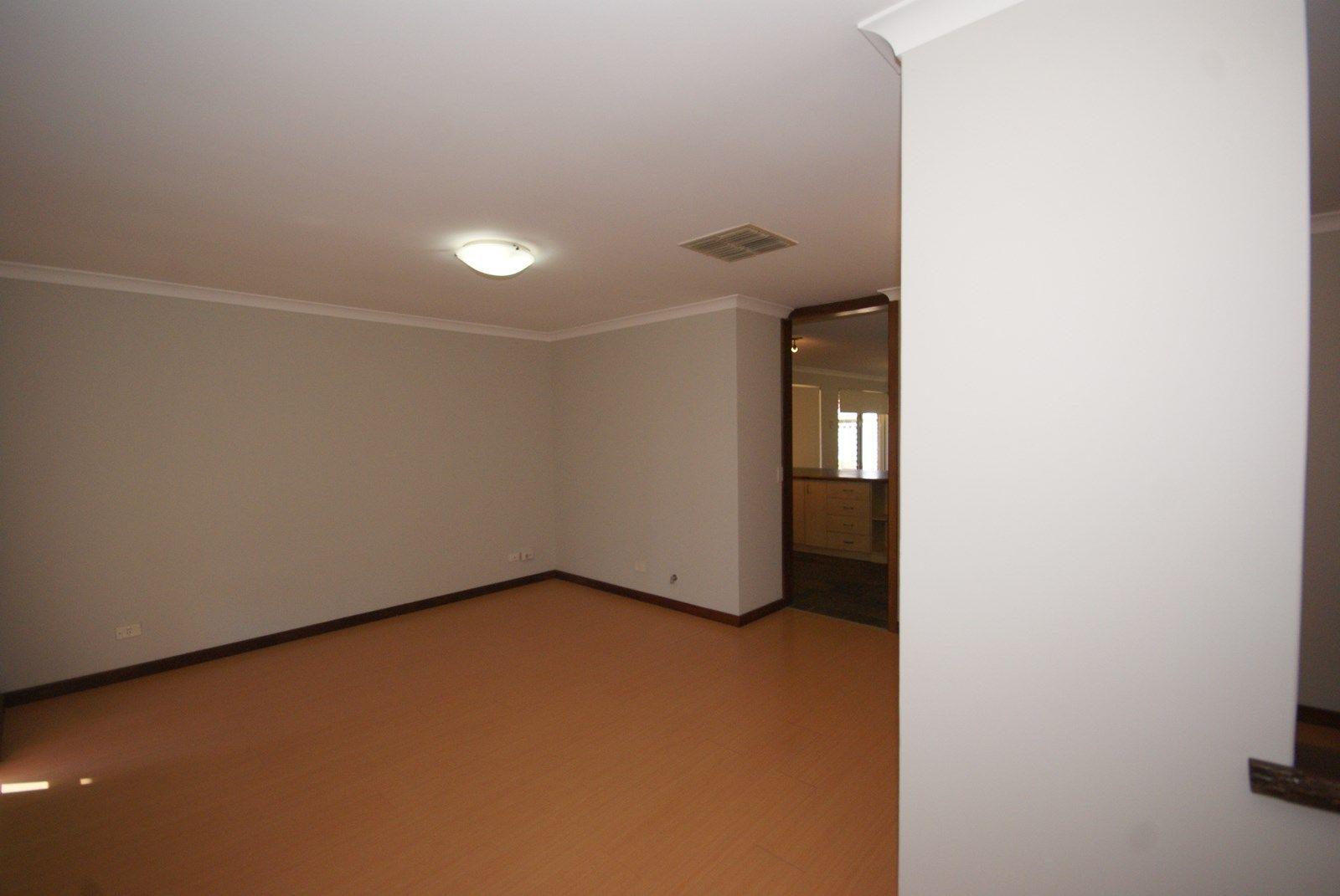 3 Caryota Court, Warnbro WA 6169, Image 1