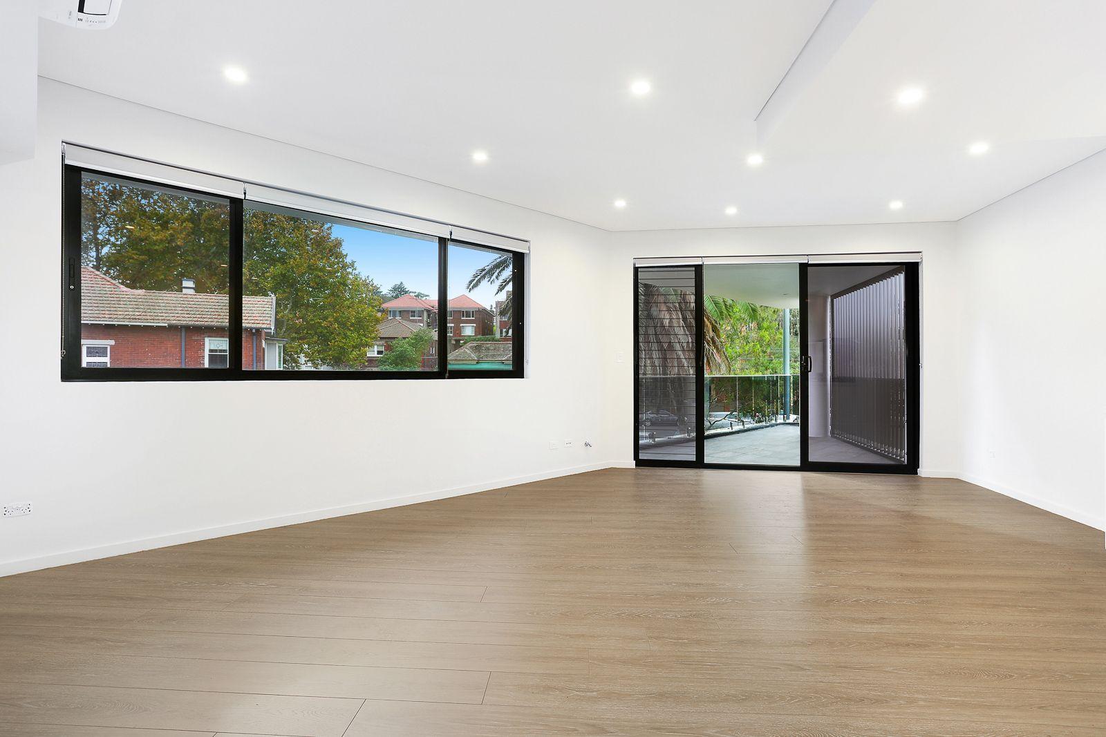 2/10A Kynaston Avenue, Randwick NSW 2031, Image 0