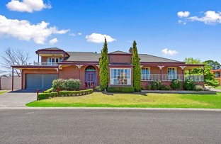 Picture of 1 Highland Court , Lakes Entrance VIC 3909