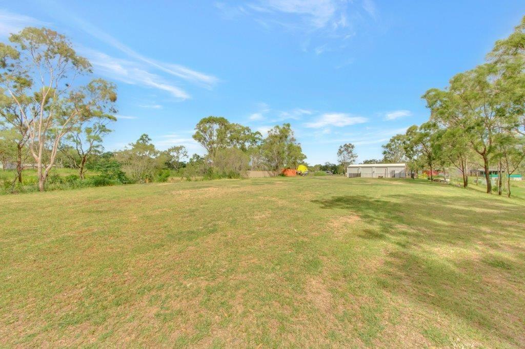 14 Blain Lane, Beecher QLD 4680, Image 2