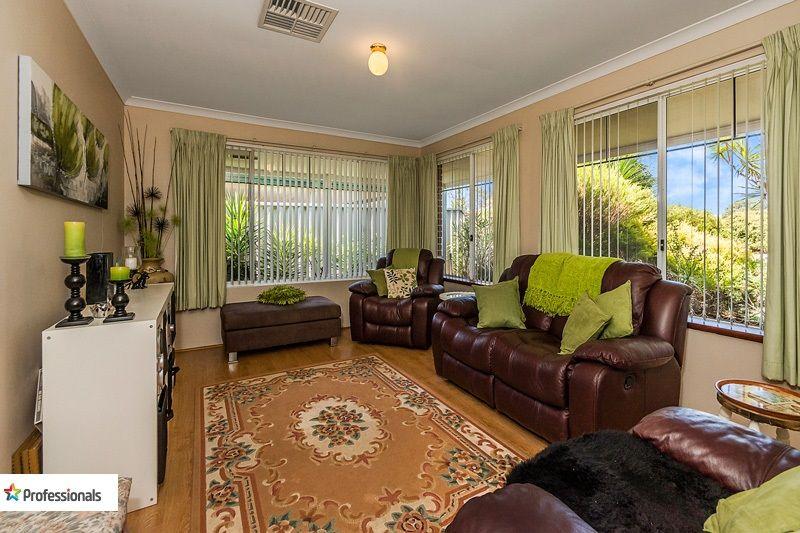 5 Halfmoon Place, Waikiki WA 6169, Image 1