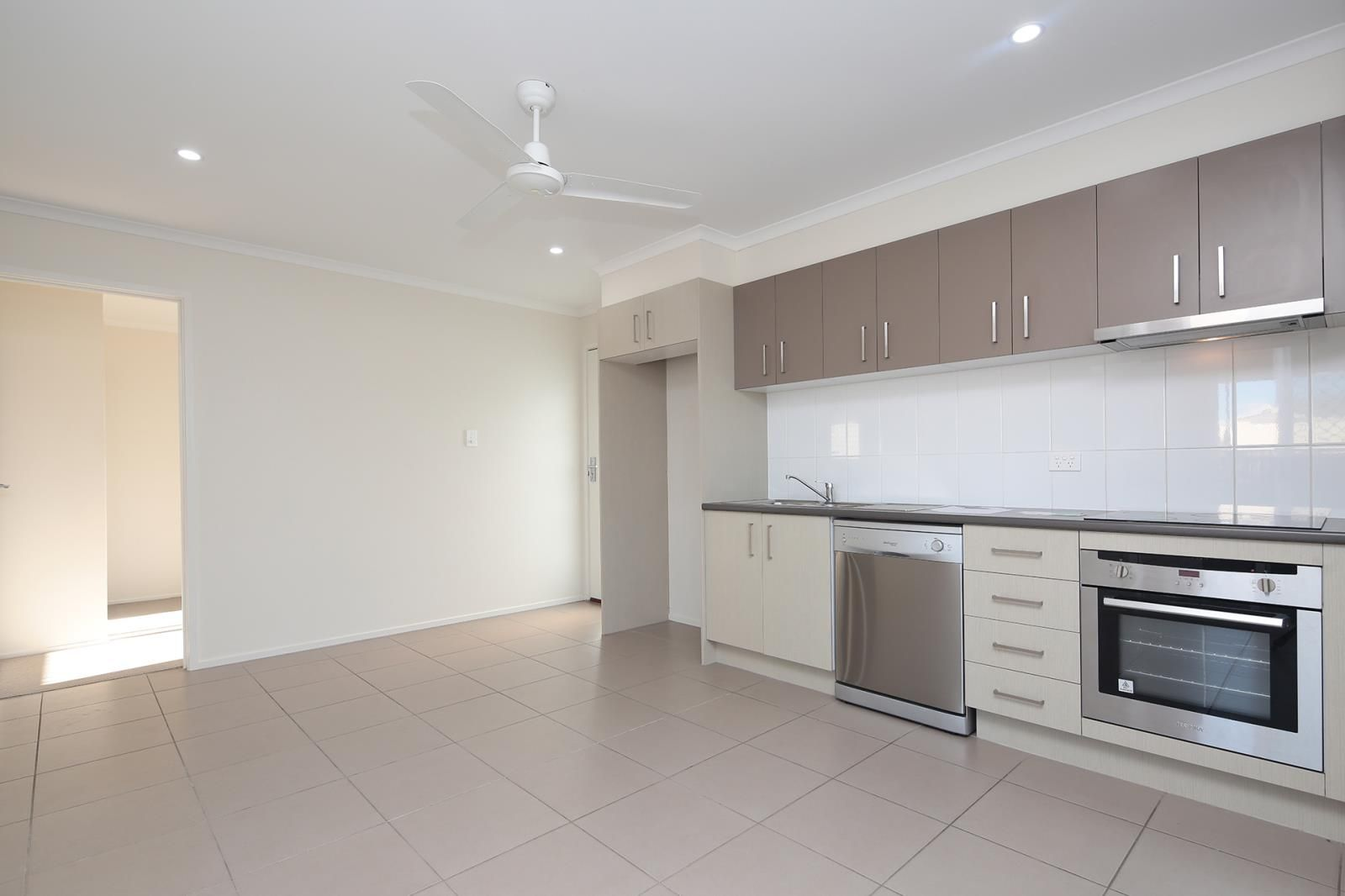 2/3 George Rant Court, Goodna QLD 4300, Image 0