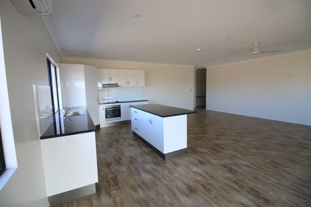 11-13 Robert St, Ayr QLD 4807, Image 2