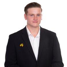 Brandon Larsen, Sales representative