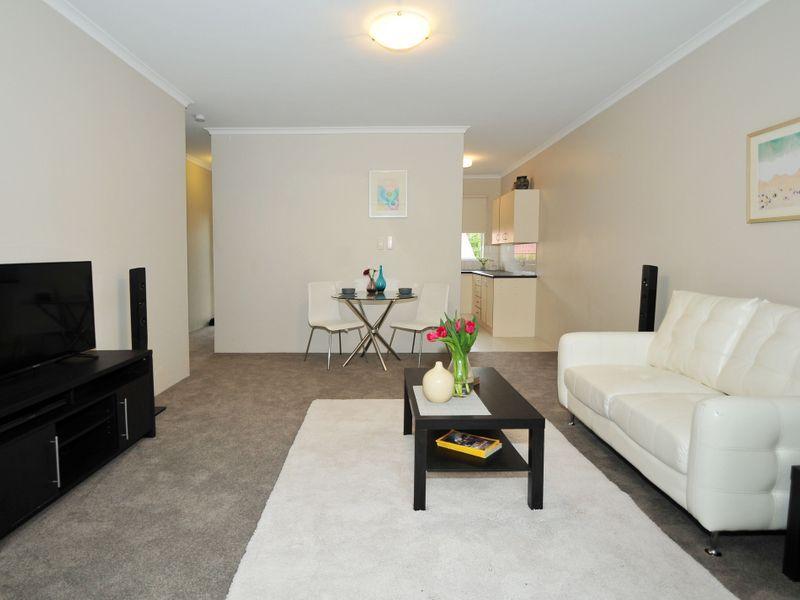 2/15 Deviney Street, Morningside QLD 4170, Image 0