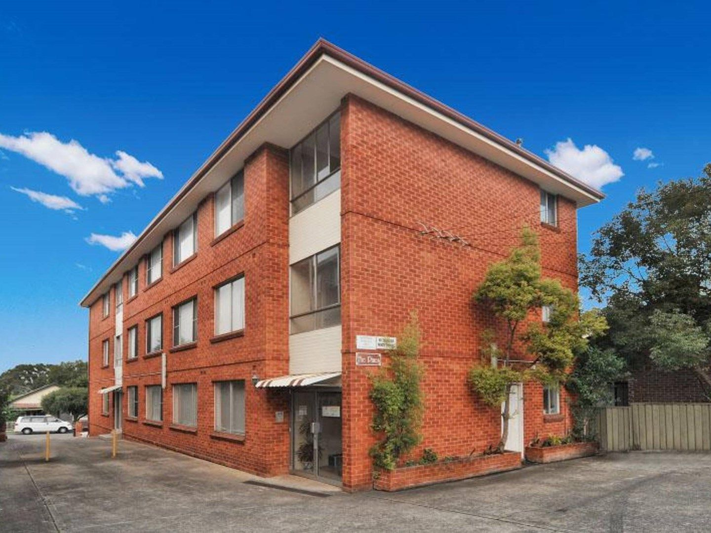 6/4 Howard Street, Canterbury NSW 2193, Image 0