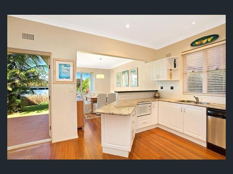 19 Wimbledon Avenue, North Narrabeen NSW 2101, Image 2