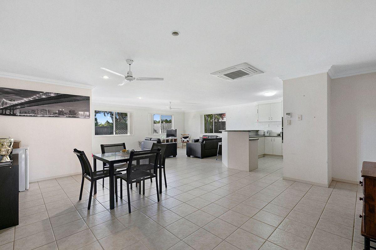 35 St Joseph Drive, Urraween QLD 4655, Image 2
