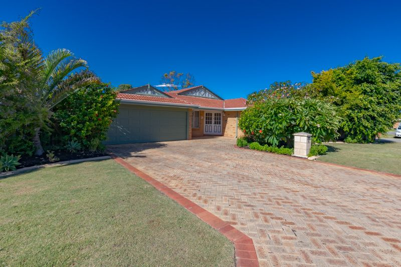 4 Inverness Court, Cooloongup WA 6168, Image 0