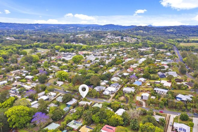 Picture of 10 Dinmore Street, WOOMBYE QLD 4559
