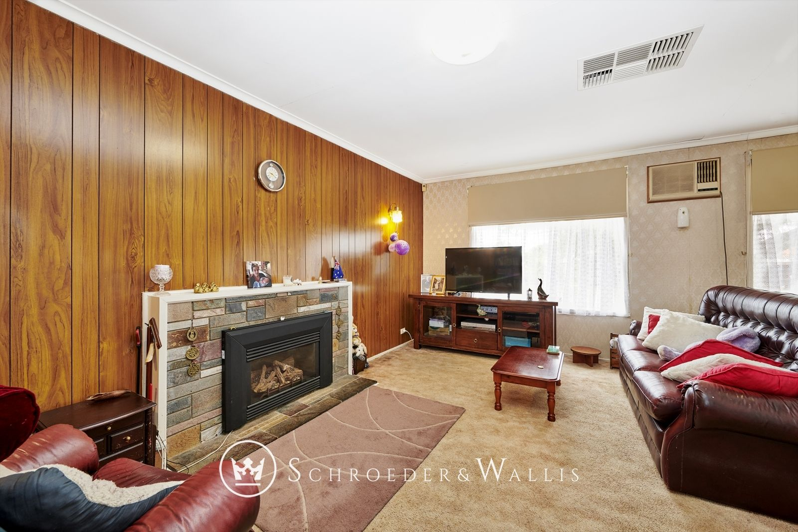8 Harwell Road, Ferntree Gully VIC 3156, Image 2