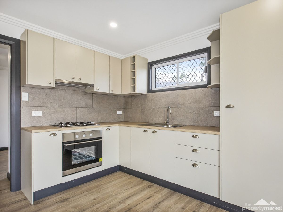 16B Greenway Avenue, Mannering Park NSW 2259, Image 2